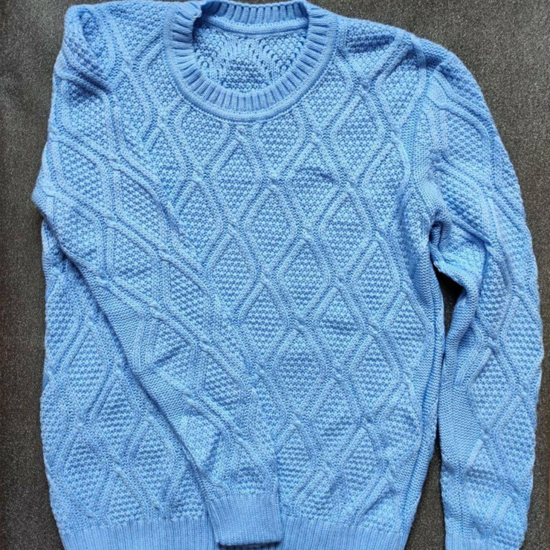 Utförsäljning! REA! Gotländsk handstickad långärmad tröja blå. 70% ull