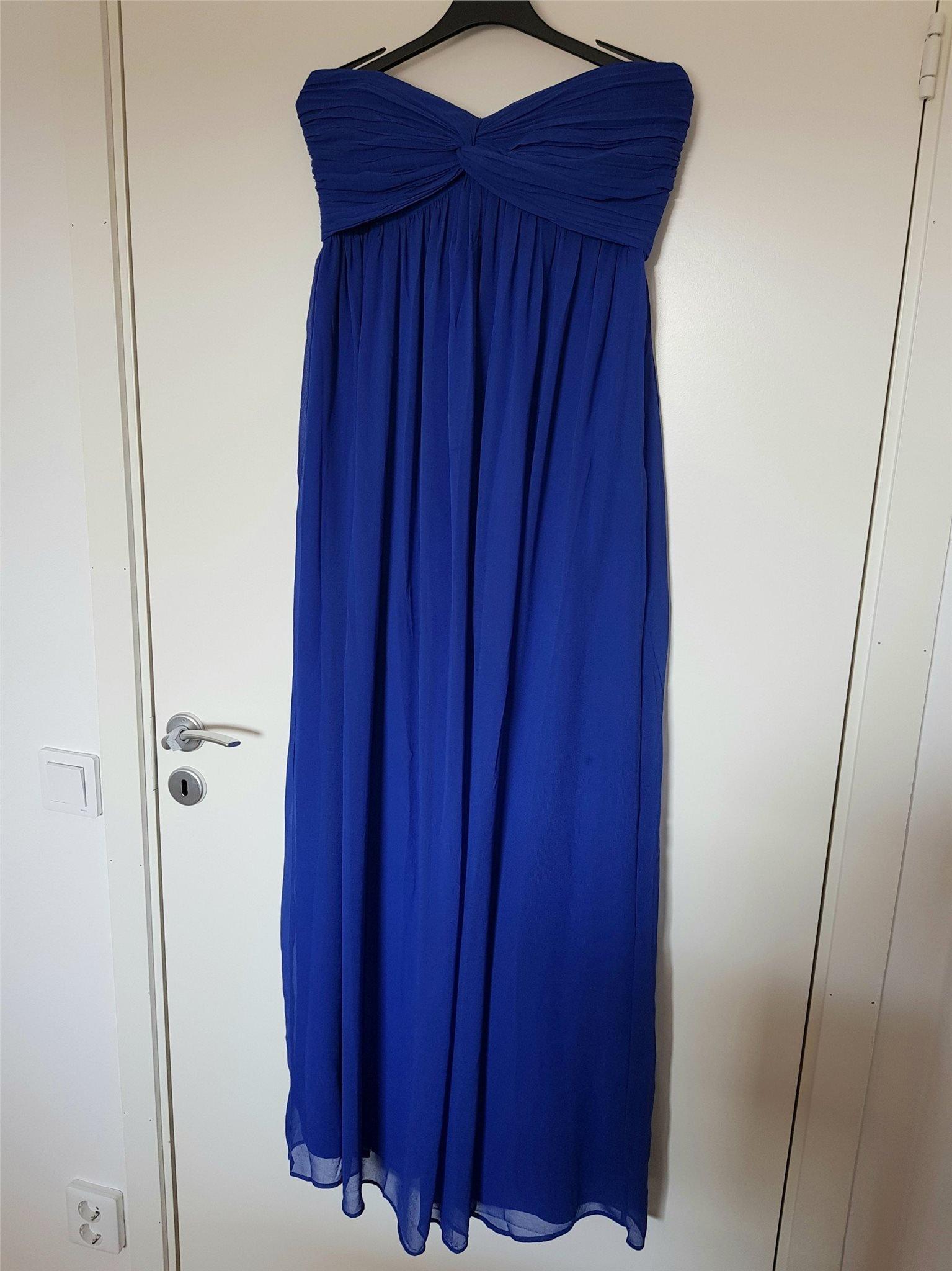 209261b4d26f Ny blå långklänning från Nelly NLY Trend storle.. (347799668) ᐈ Köp ...