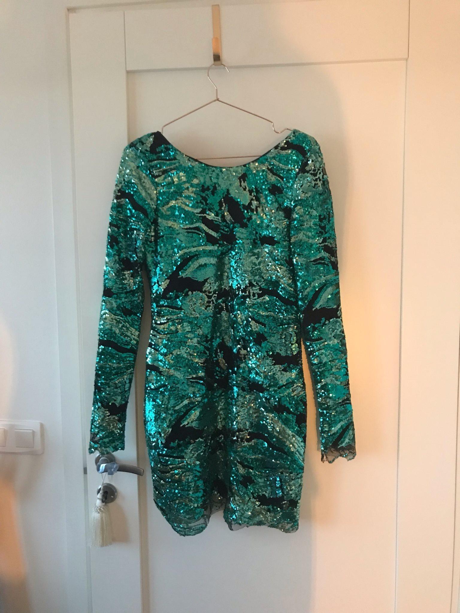 rebecca stella grön klänning