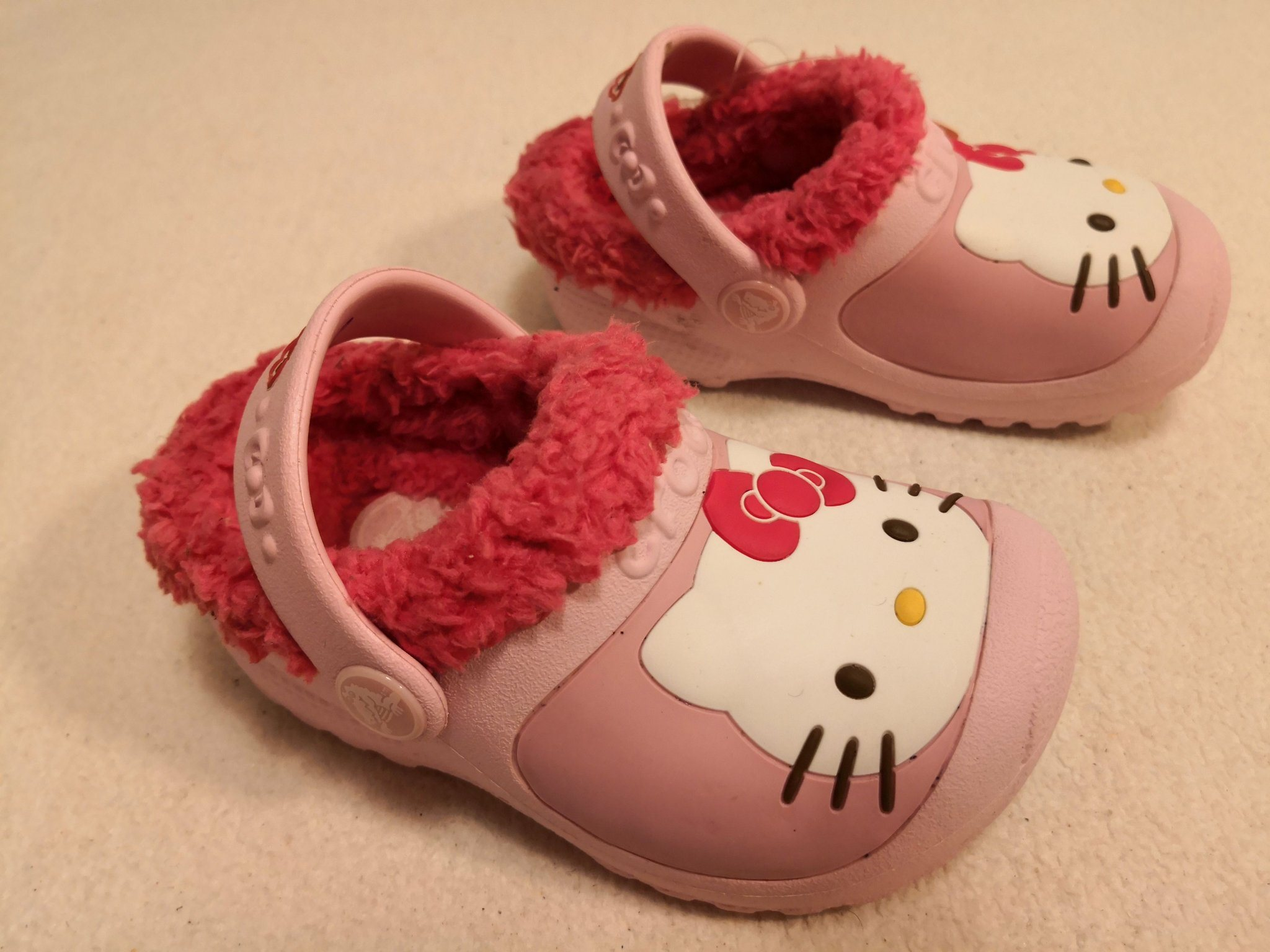 1f5ebd1c349 Sandaler Crocs Hello Kitty C6/7 str 22 / 23 / 24 (349585881) ᐈ Köp ...