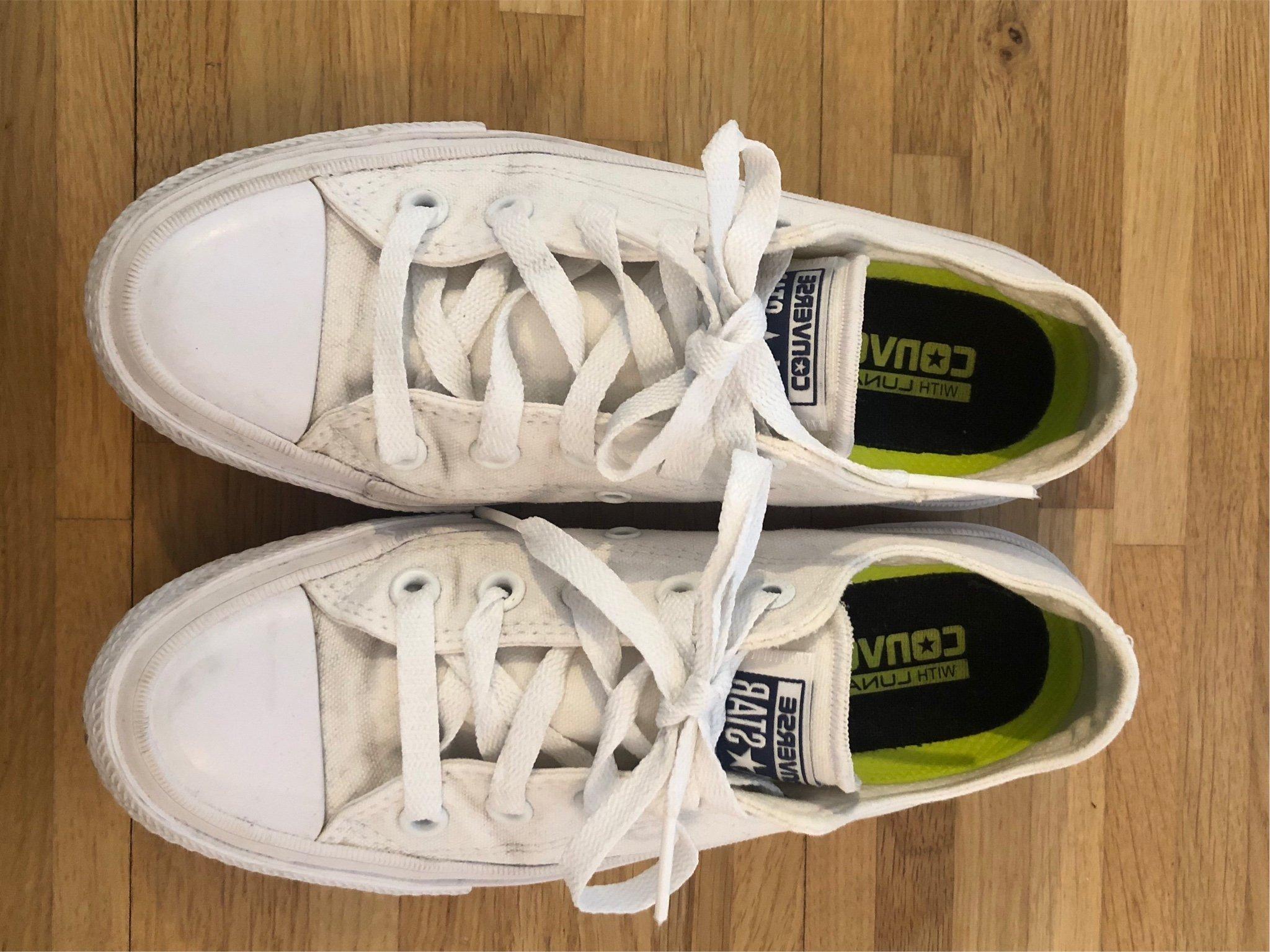 Vita låga Converse med ergonomisk sula (347429202) ᐈ Köp på