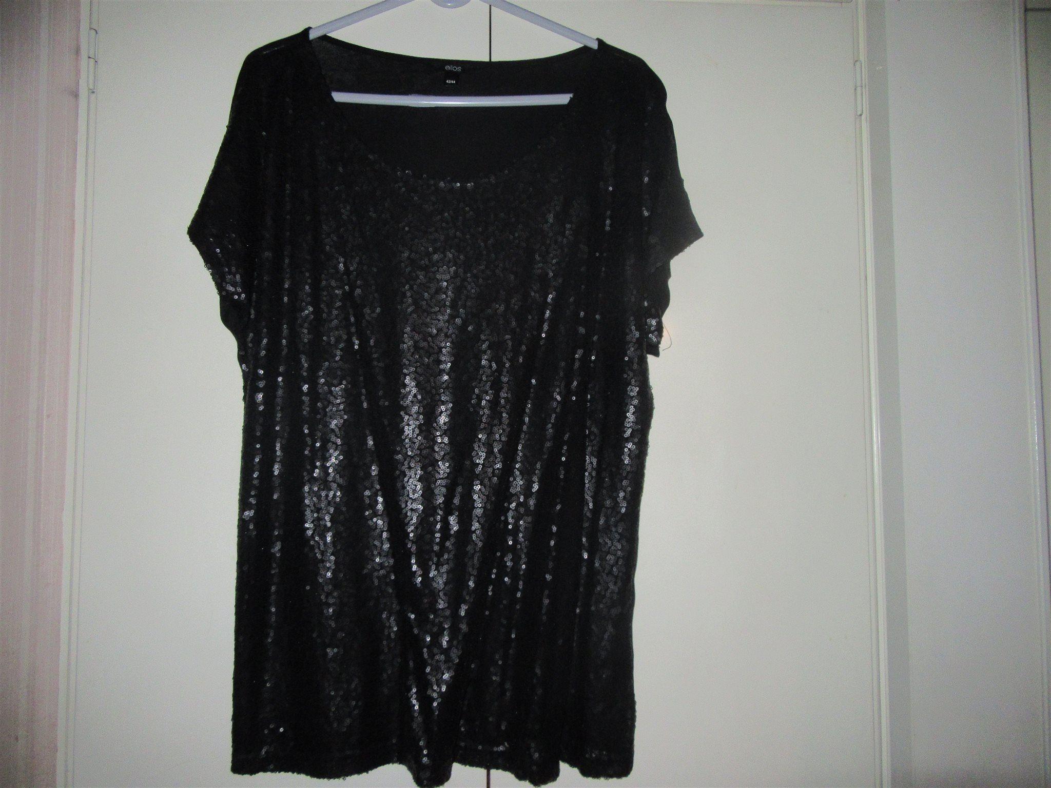 svart glittrig topp