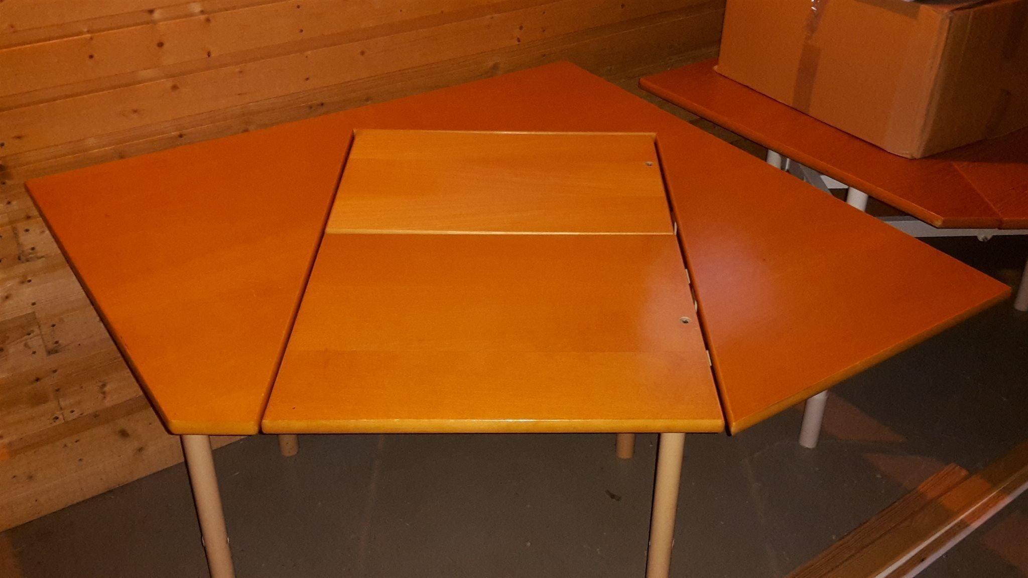 Kinnarp Arbetsbord Kontor Databord Med Hoj 427341065 ᐈ Kop Pa Tradera