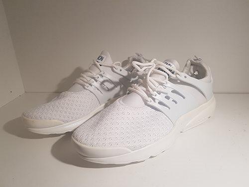 c362174b284 Nya/oanvända Fashion sneakers av märket Fashio.. (348892127) ᐈ Köp ...