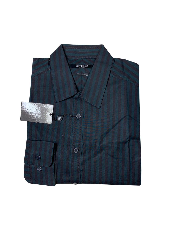 Skjorta med randmönster