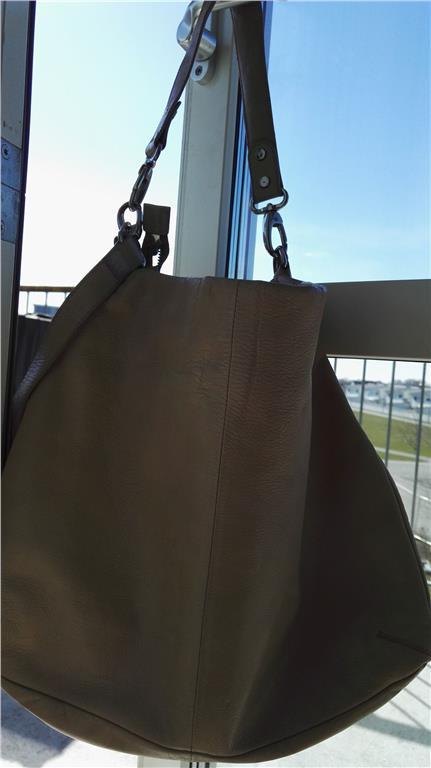 Handväska åhlens : Wera handv?ska med axelrem p? tradera handv?skor i
