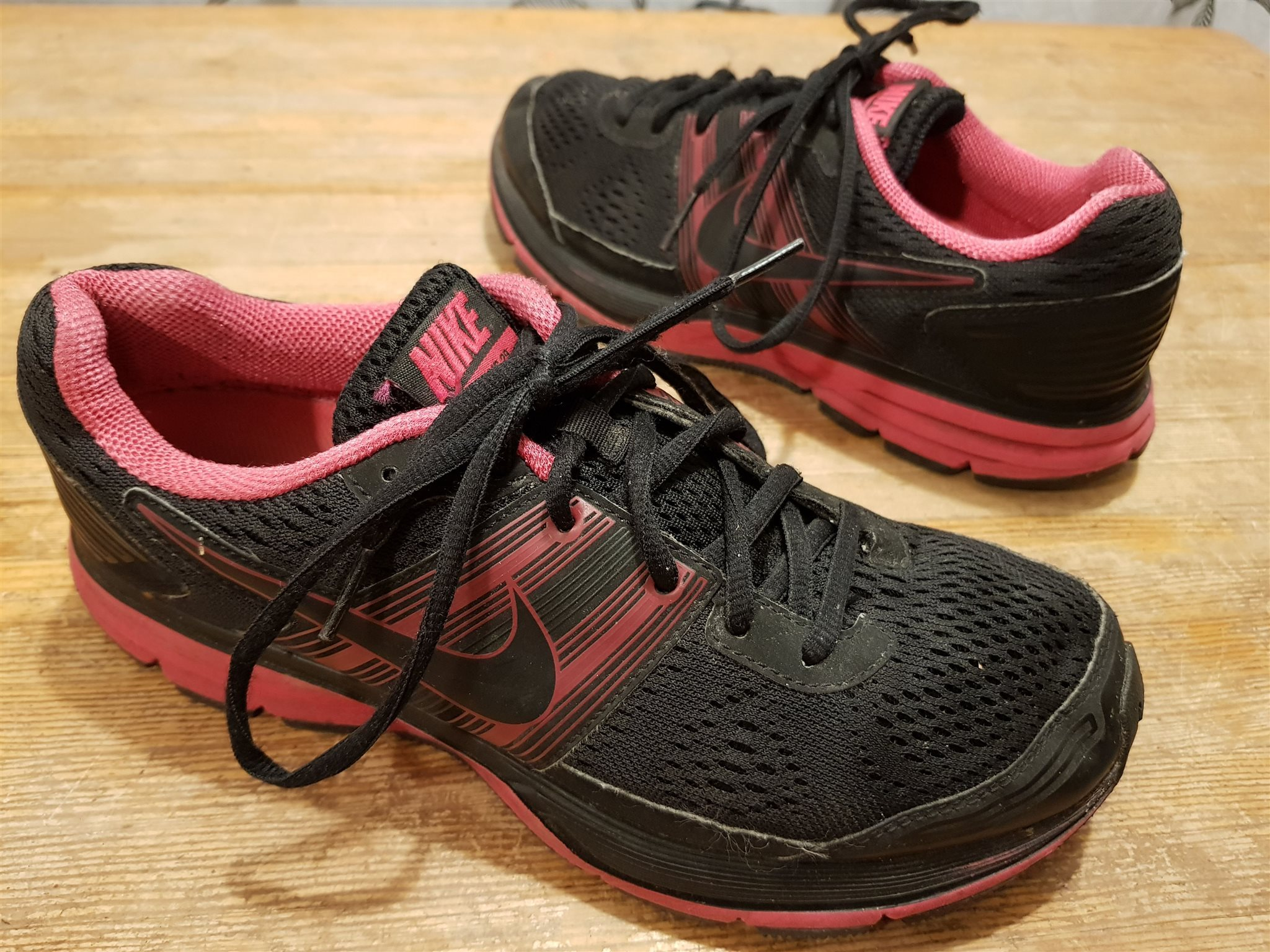 purchase cheap 06f34 7b0b1 Löparskor sportskor Nike Zoom Pegasus 29 Cushlon fritidsskor str 40 i fint  skick