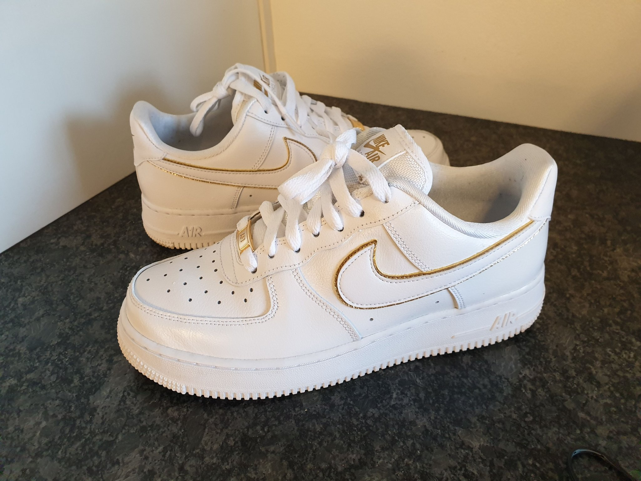 Nike Wmns Air Force 1 ´07   White   Sneakers   315115 150