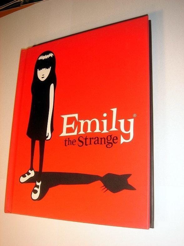 Emily The Strange Kläder
