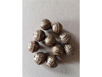 Akryl pärla svart/guld 10st - Brastad - Akryl pärla svart/guld 10st - Brastad