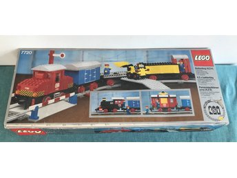 LEGO Train 4.5V / Tåg 4,5V - Diesel Freight Train Set, Battery - 7720 - Komplett - Göteborg - LEGO Train 4.5V / Tåg 4,5V - Diesel Freight Train Set, Battery - 7720 - Komplett - Göteborg