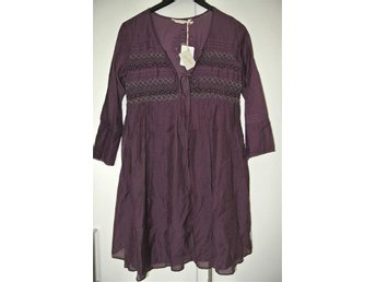 NY - ODD MOLLY Smasher dress M914-912 Plum perfect - 1 = 36 Pris 1895:-