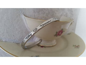"Armband ""Friends forever, today, tomorrow""  (Color Silver)"
