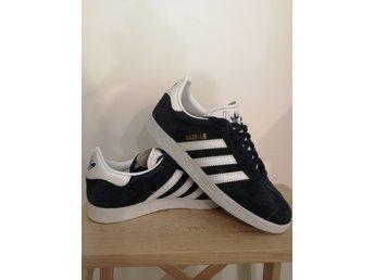 Adidas Damskor adidas Originals Läder Gazelle Sneakers med
