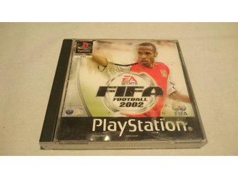 Playstation - PS0NE / EA SPORTS FIFA 2002 (M)