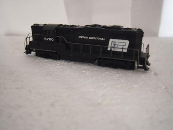 HO US  Diesellok Penn Central  Lionel Canada