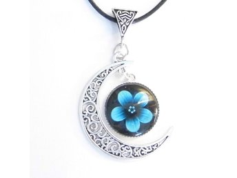 Blomma måne halsband / Flower moon necklace