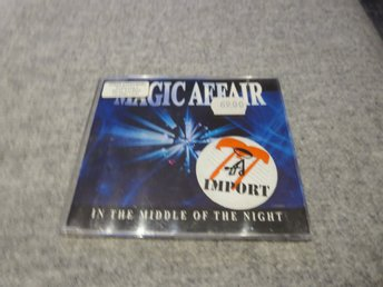 MAGIC AFFAIR IN TGHE MIDDLE OF NIGHT 3track.remixes.eurodance. 1994.