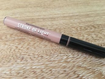 BareMinerals Stroke of light concealer, highlighter, eye brightener