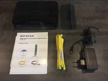 Netgear N600 WNDR3700 v2 Dual Band Wireless-N Gigabit Router