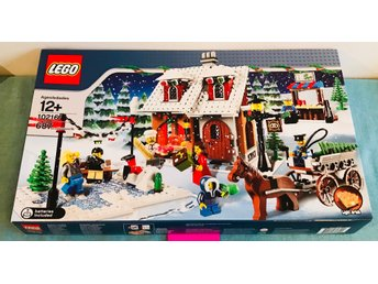 LEGO City - Winter Village Bakery - 10216 - Oöppnad