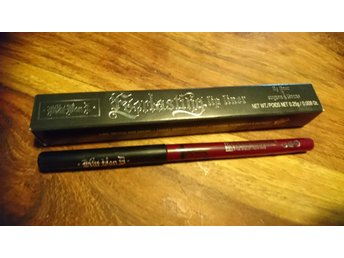 Kat von d Everlasting lip liner Blood milk