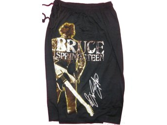 SHORTS: BRUCE SPRINGSTEEN