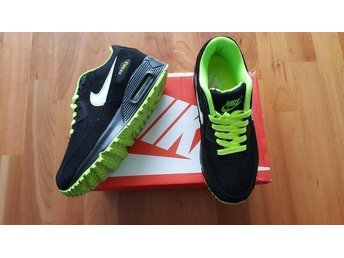 Nike Air Max 90 strl 39 Damskor black with green