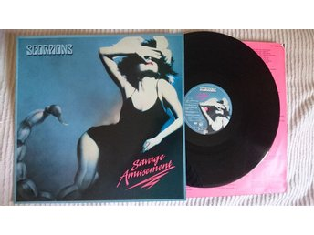 SCORPIONS - SAVAGE AMUSEMENT  1988  EXCELLENT!