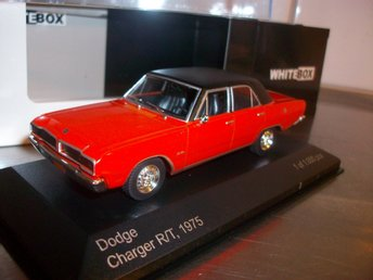 Dodge Charger R/T 1975 2-färg limited 1:43, MINT!