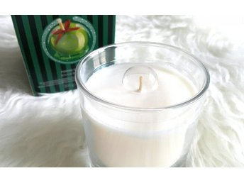 The Body Shop Glazed Apple Scented Candle DOFTLJUS!