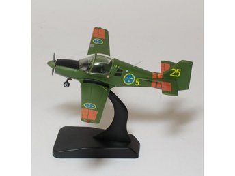 Scottish Aviation Bulldog - Swedish Air Force - in 1/72 scale. Nice! Last one!