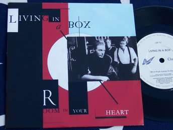 "LIVING IN A BOX - ROOM IN YOUR HEART 7"" 1989"