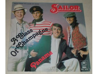 Sailor SINGELOMSLAG A glass of champagne 1975