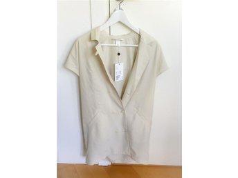 Oanvänd Liana Vest Skjorta Monki Beige storlek XS - Lund - Oanvänd Liana Vest Skjorta Monki Beige storlek XS - Lund