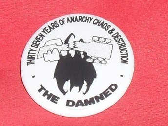 THE DAMNED - 4,5 cm, Badge / Pin / Knapp (Punk, Anarchy, Chaos