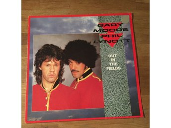 "GARY MOORE/PHIL LYNOTT - OUT IN THE FIELDS. 12"")"