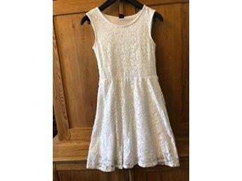 3116e4a62c40 stl. 170, Fin kjol i mycket bra skick (349498400) ᐈ AvOlikaSlag på ...
