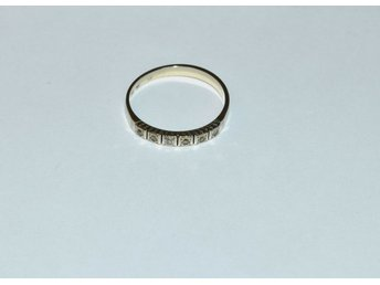 Ring vitguld m. briljanter 18k 2,7g 16956:3 l.nr 5219