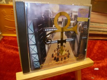 PRINCE , CD, PRINCE AND THE NEW POWER GENERATION ,-92 ,SYMBOLEN TRYCKT I PLASTEN