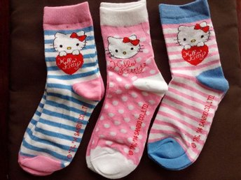 Ny 3-pack Hello Kitty strumpor sockar, stl 31-34