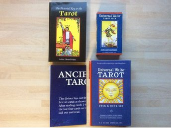 Universal Waite Tarot Deck & Book set / Tarotkort