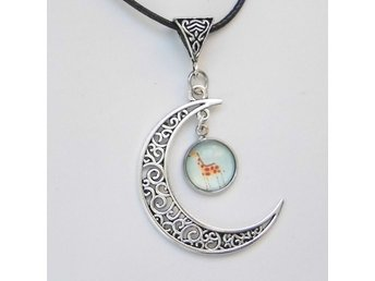 Giraff Måne Halsband / Giraffe Moon Necklace