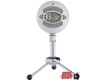 Blue Snowball Textured White