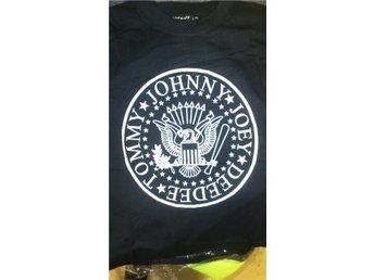 RAMONES - Helt NY T-shirt i stl X-SMALL - åkersberga - RAMONES - Helt NY T-shirt i stl X-SMALL - åkersberga
