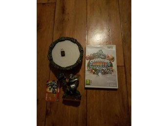 Wii Skylanders Giants spel, portal och figur Crusher, Jord element.