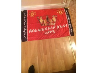 Manchester United flagga, 2003