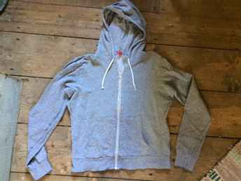 GRÅ HOODIE SWEATSHIRT H&M DIVIDED MUNKTRÖJA HUVA LUVA MEDIUM SMALL