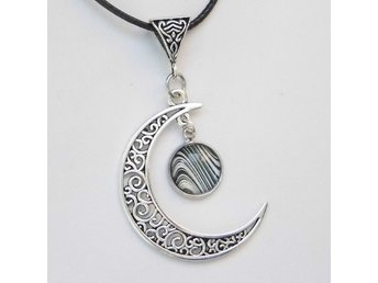 Zebra Måne Halsband / Zebra Moon Necklace
