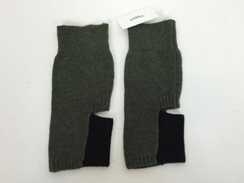 Filippa K, Knitted Yoga Sock, Strumpor, No size, Pine/ Black, Ny, Sales Sample